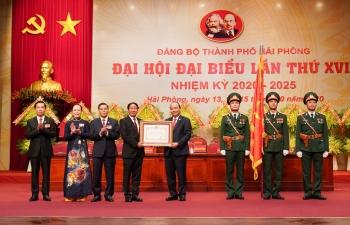Thủ tướng Nguyễn Xuân Phúc dự Đại hội Đại biểu Đảng bộ thành phố Hải Phòng