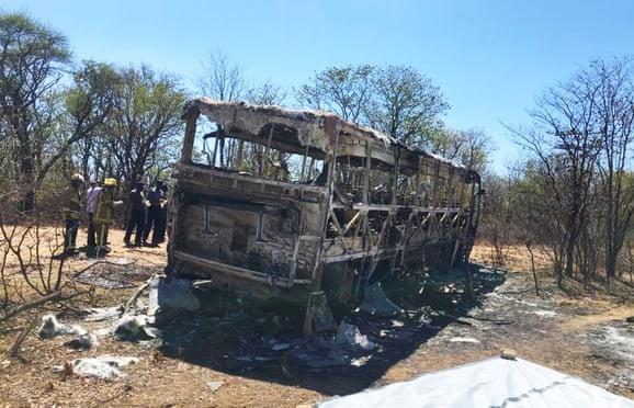 no xe buyt o zimbabwe it nhat 42 nguoi thiet mang