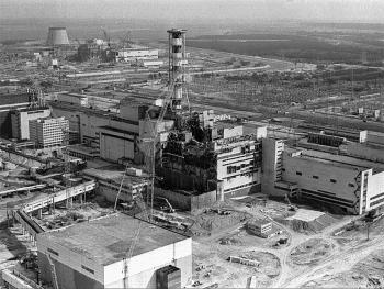 hoi sinh vung dat chet chernobyl