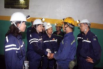 Đoàn nữ đại biểu Quốc hội làm việc tại TKV
