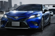 toyota camry sport sedan the thao gia tu 33200 usd
