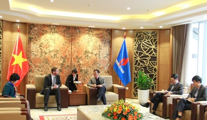 Chủ tịch HĐTV Petrovietnam Hoàng Quốc Vượng tiếp và làm việc với Tổng Giám đốc Perenco Việt Nam