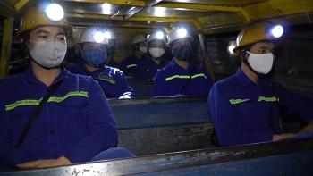Những chiến sĩ trên mặt trận sản xuất than