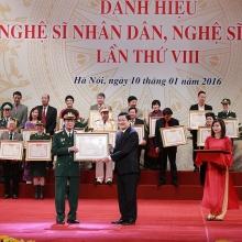 50 ca nhan duoc de nghi xet phong tang truy tang danh hieu nghe si nhan dan
