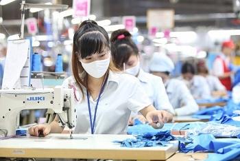 Chính phủ ban hành Nghị quyết về chính sách hỗ trợ người lao động và người sử dụng lao động bị ảnh hưởng bởi đại dịch COVID-19 từ Quỹ bảo hiểm thất nghiệp