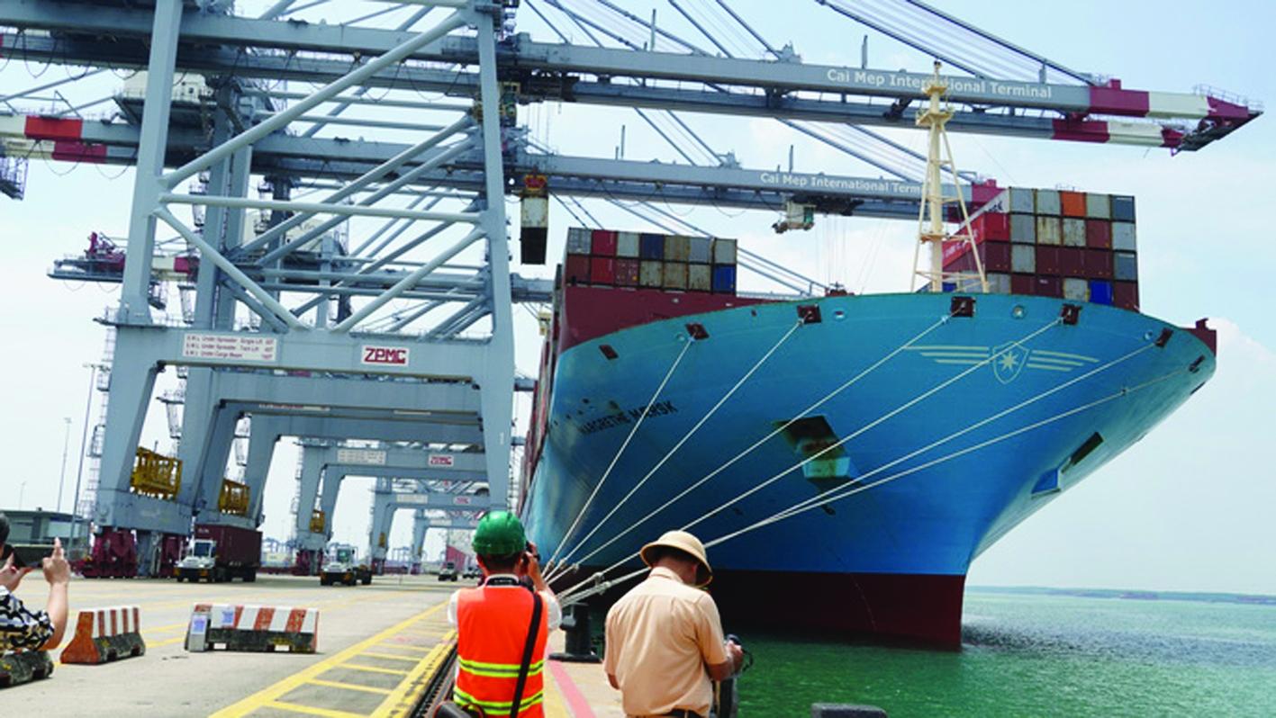 Cảng biển và chuỗi logistics hàng hải quốc tế
