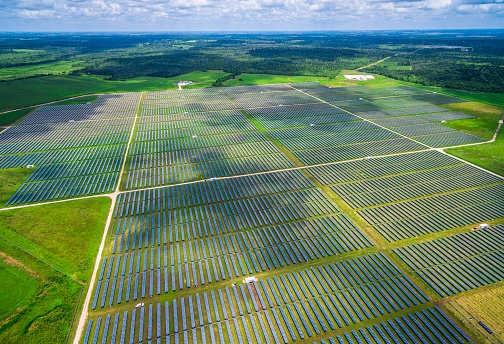 Trung Quốc cần đầu tư hơn 5.000 tỷ USD cho năng lượng xanh