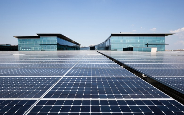 Total mua lại các dự án năng lượng mặt trời ở Texas