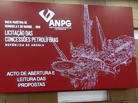 Angola mở thầu 9 lô thăm dò dầu khí trên đất liền