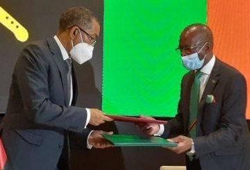 Angola và Zambia ký kết thỏa thuận xây dựng đường ống dẫn dầu xuyên quốc gia