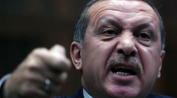 erdogan thoat chet trong gang tac khi no ra dao chinh