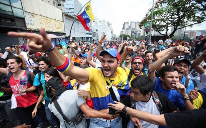 ngay 19 venezuela se co dao chinh