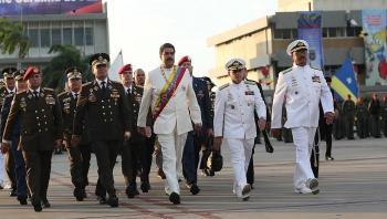 tong thong venezuela khang dinh my am muu lat do ong