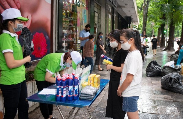 Phân loại, xử lý rác thải tái chế: Khó khăn bủa vây
