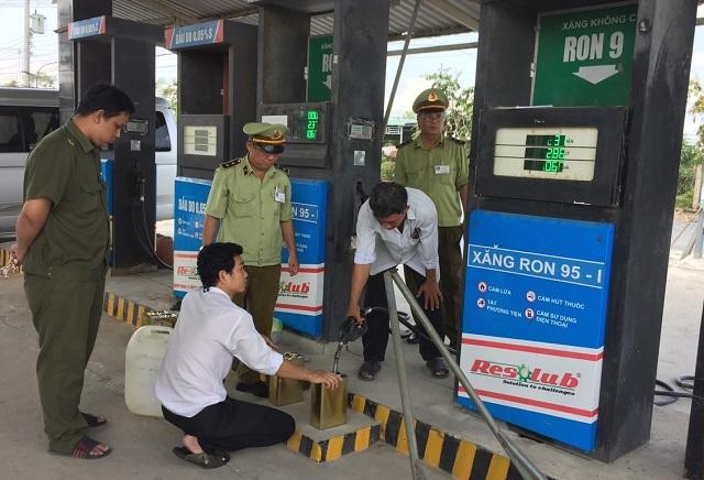 Lỗ hổng quản lý kinh doanh xăng, dầu: Bao giờ lấp đầy?