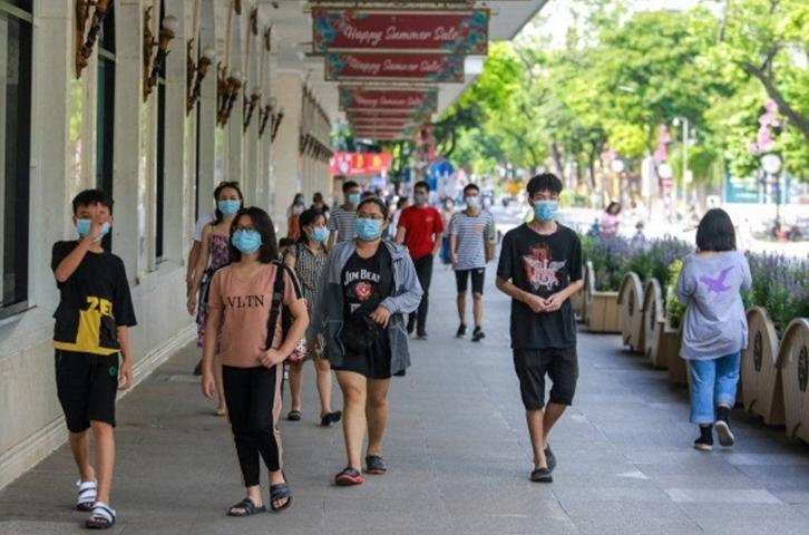 Hà Nội: Khuyến cáo người dân chỉ ra khỏi nhà khi cần thiết