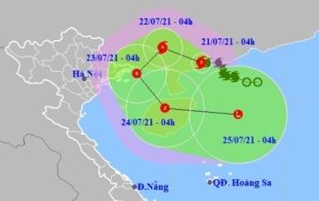 Bão số 3 tiến sát Quảng Ninh trước khi quay đầu ra Biển Đông