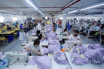 """Dệt may """"rộng cửa"""" vào EU nhờ cộng gộp xuất xứ vải với Hàn Quốc"""