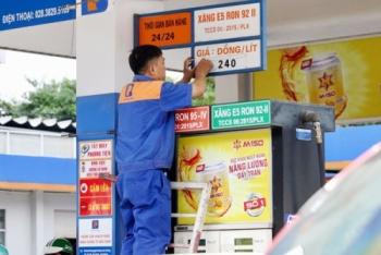 Cảnh báo phát triển nóng đầu mối xăng dầu