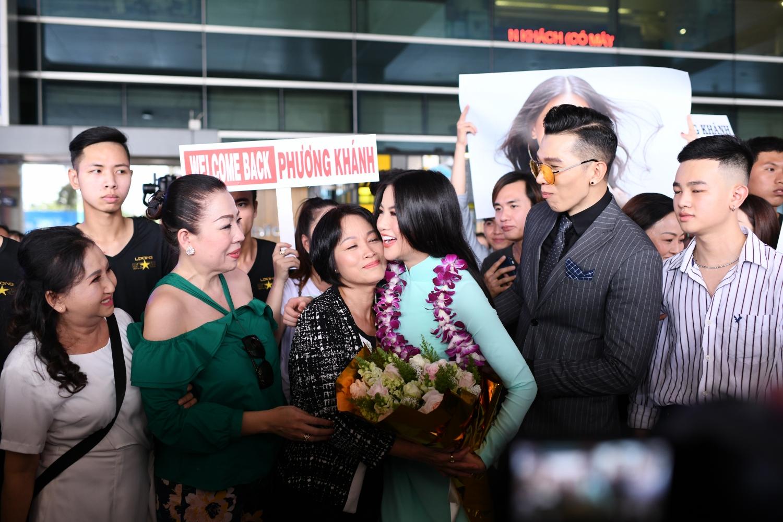 tan hoa hau trai dat 2018 nguyen phuong khanh tro ve viet nam