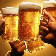 co the uong bia de giai doc ruou hay khong