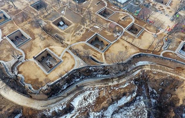 """Bí ẩn làng cổ 4.000 năm dưới lòng đất """"độc nhất vô nhị"""" ở Trung Quốc"""