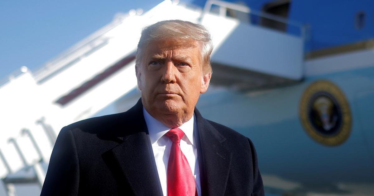 """Lộ """"át chủ bài"""" của Trump nhằm định cản đường Biden vào Nhà Trắng"""