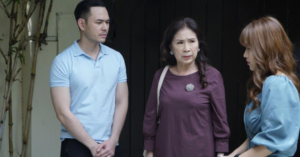 """Phim truyền hình Việt vừa gây """"sốt"""" đã vội hạ """"sốt""""?"""