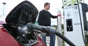 Nếu ô tô điện là tương lai, hãy tìm hiểu về cách sạc ngay từ bây giờ