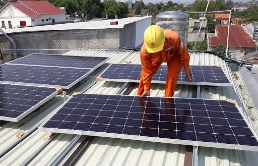 Sắp thí điểm mua bán điện năng lượng tái tạo