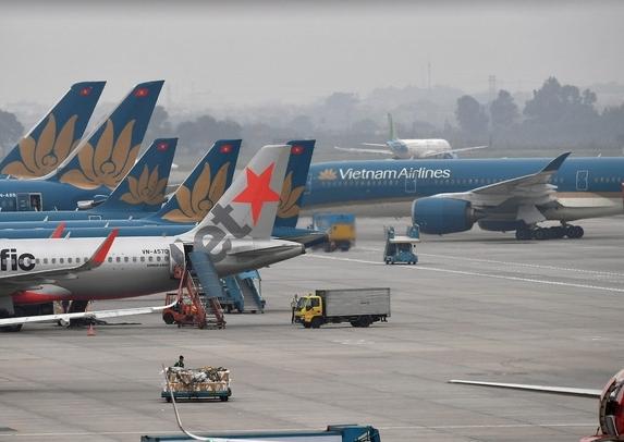 Dừng các chuyến bay chở khách quốc tế tới Tân Sơn Nhất