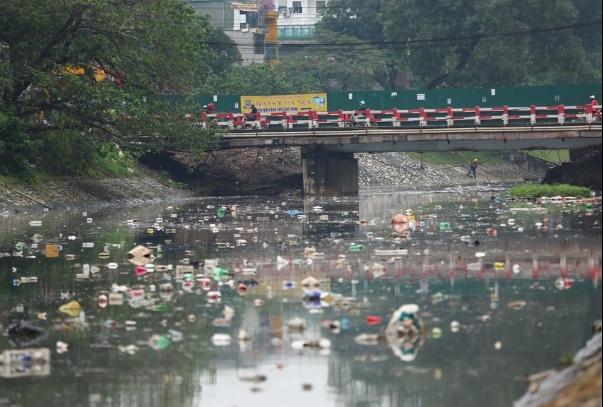 Ô nhiễm nguồn nước vẫn xảy ra ở các điểm nóng