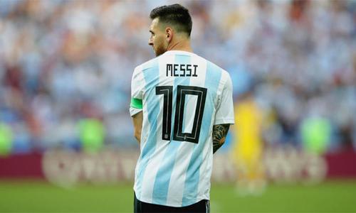 tuyen argentina treo ao so 10 cho messi tro lai