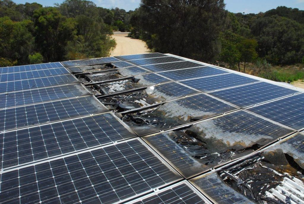 Rủi ro khi lắp điện mặt trời mái nhà