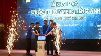 khai mac cuoc thi olympic tieng anh danh cho can bo tre nam 2019