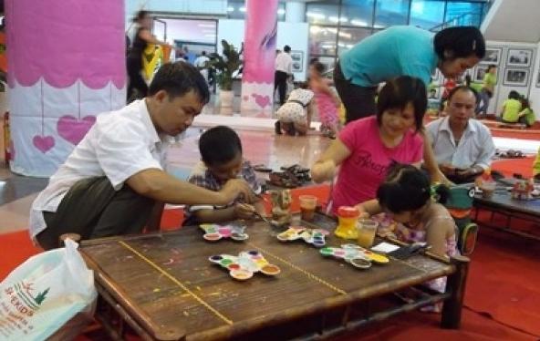 Đa dạng hoạt động tôn vinh giá trị truyền thống của gia đình Việt