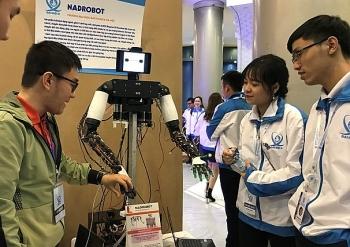 trung bay robot may in 3d tai trien lam khat vong sinh vien viet nam