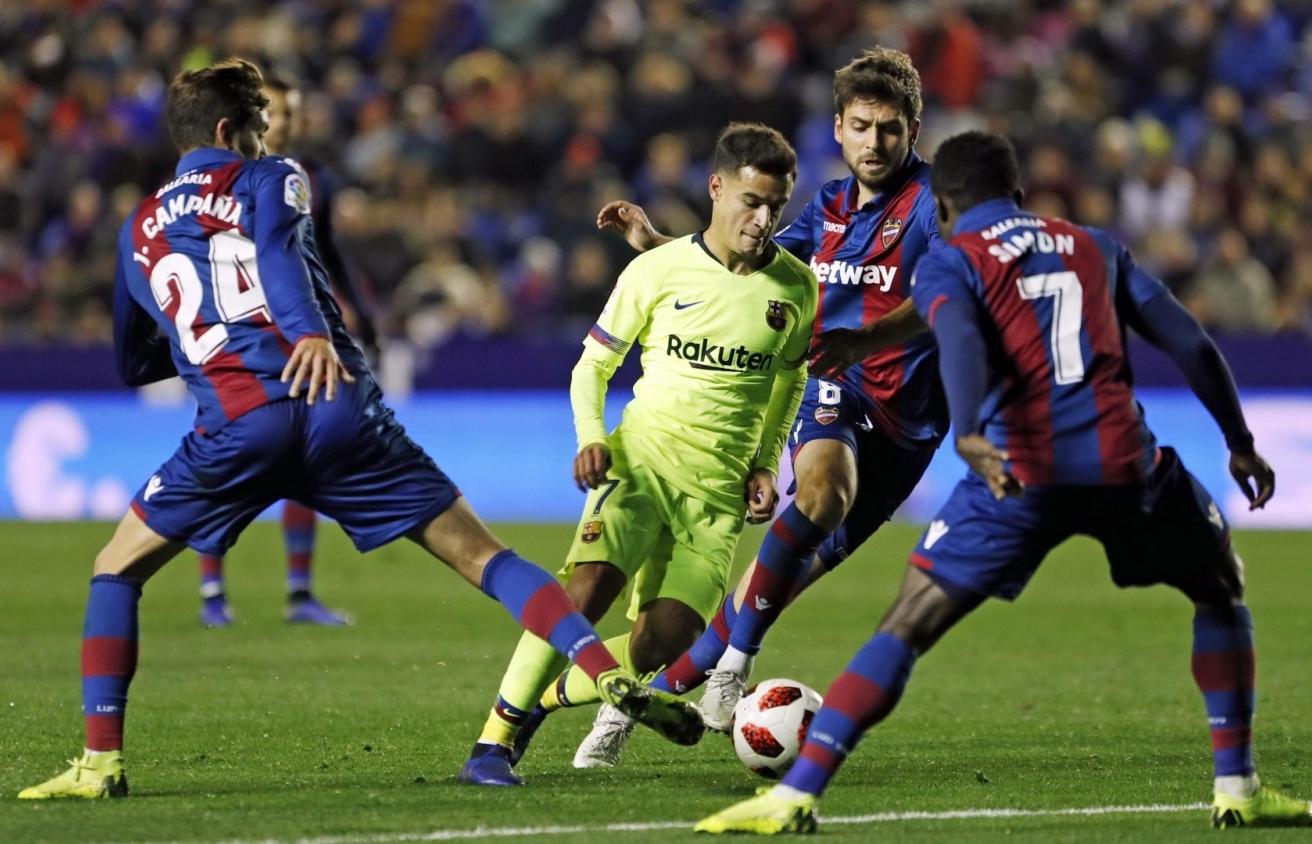 xem truc tiep bong da barcelona vs levante cup nha vua 3h30 ngay 181