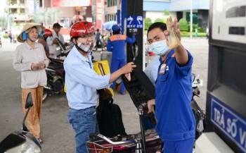 gia xang dau dong loat giam nhe trong phien dieu hanh dau tien cua nam 2020