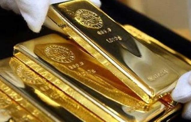 Giá vàng hôm nay 26/10 tăng mạnh, vượt mốc quan trọng