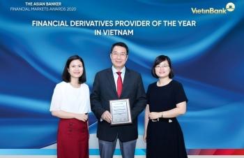 """VietinBank là """"Ngân hàng cung ứng sản phẩm phái sinh tài chính tốt nhất năm 2020 tại Việt Nam"""""""
