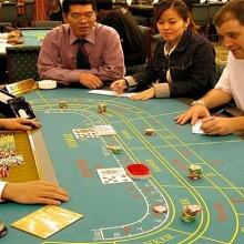 bo tai chinh muon giam dieu kien kinh doanh casino ca cuoc bong da