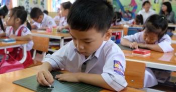 """GS Nguyễn Minh Thuyết: """"Nói tiếng Việt lớp 1 nặng là không đúng"""""""