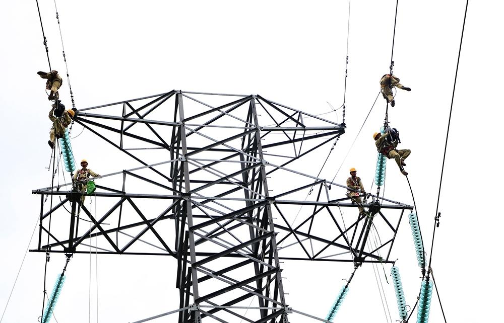 Công ty Truyền tải điện 3 sẵn sàng ứng phó với hình thái mưa bão cực đoan