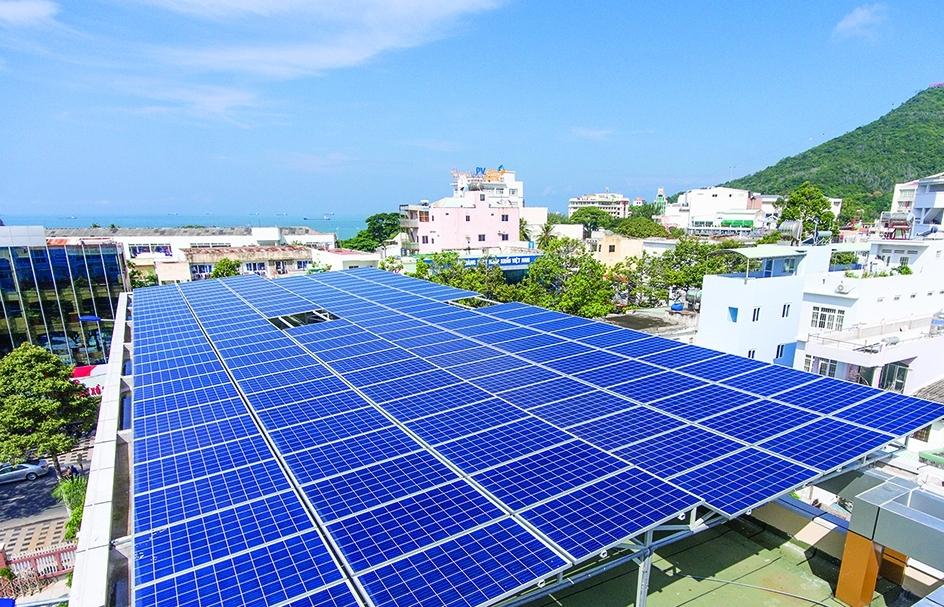 83.000 công trình điện mặt trời mái nhà được đấu nối vào hệ thống điện