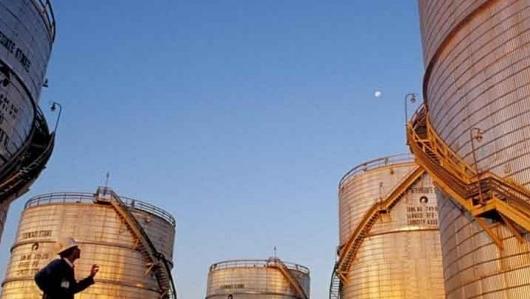 Covid-19 làm trì hoãn các hoạt động vận chuyển dầu ở Ấn Độ