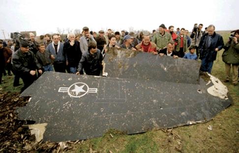 """Tại sao ra-đa Nga """"nhìn thấy"""" máy bay tàng hình?"""