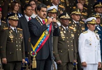 venezuela bat giu 6 nghi pham trong vu am sat hut tong thong maduro