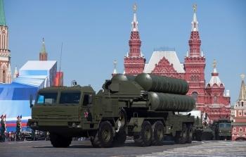 """Nga - Ấn Độ sắp ký thỏa thuận mua bán """"rồng lửa"""" S-400?"""