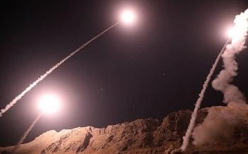 Iran nã tên lửa tiêu diệt chủ mưu vụ khủng bố đoàn diễu binh